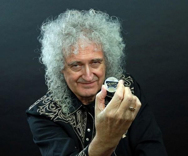 Reino Unido lança moeda comemorativa para a banda Queen